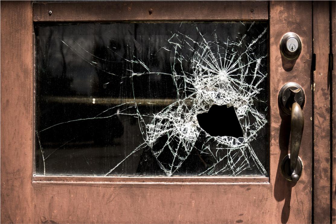 Responsabilidade civil janela quebrada advogados sjc