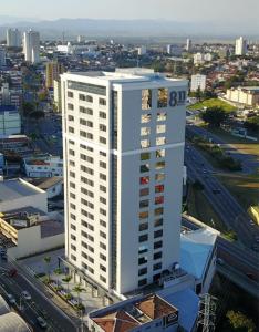 Edifício 811 Inocencio Santos e Neves advogados São José dos Campos SJC